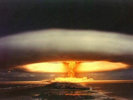 457dfb0bf85 Hiroshima e Nagasaki  o maior crime de guerra contra a humanidade ...